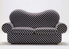 Boyfriend 1972 Structured sofa in flexible polyurethane foam; removable fabric cover.