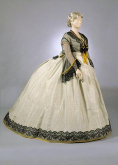 Dress, probably Finnish,1863. Photo: Jan Lindroth. Helsinki Univ. Museum