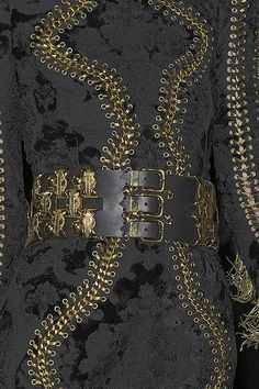 See every last detail from shoes and jewels, to bags and belts, from the Balmain Fall 2010 Ready-To-Wear show. Peace Love World, Peace And Love, Christophe Decarnin, Creative Director, Balmain, Ready To Wear, Jewels, Costumes, Detail