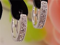 gemdivine.com free-shipping-1pair-silver-womens-clear-shining-cz-zircon-pretty-hoop-earrings