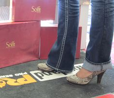 Sofft Shoes are work shoes for women who don't compromise when it comes to comfortable and cute. Low Price Guarantee on the entire line http://www.onlinebootstore.com/great-boots/catalog/soffth.html