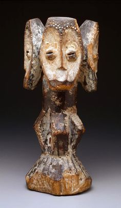 Africa   Four-faced half figure (sakimatwematwe) from the Lega people of DR Congo   Wood and kaolin   Late 19th to early 20th century