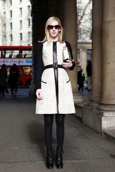 Beautiful coat...and she's at Somerset House, my old stomping ground.