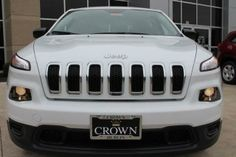2014 Jeep Cherokee Sport Sport 4dr SUV SUV 4 Doors White for sale in Dublin, OH Source: http://www.usedcarsgroup.com/new-jeep-cherokee-for-sale