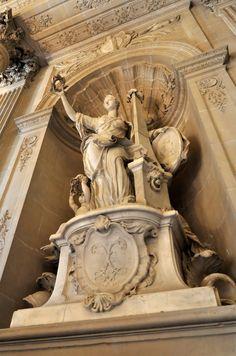 Versailles Chateau Versailles, Palace Of Versailles, Luís Xiv, Art Niche, Baroque Art, Tv Decor, Historical Architecture, Parlour, Neoclassical