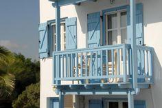 Kite Spot at Glyfada beach Naxos Beach Hotels, Multi Story Building, Island, Traditional, Architecture, Nature, Design, Arquitetura, Naturaleza