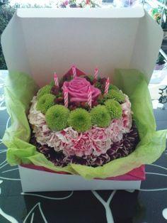 Superb 34 Best Flower Cakes Images Floral Cake Flower Arrangements Funny Birthday Cards Online Chimdamsfinfo