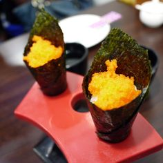 蝦卵手卷打頭陣。#Shrimps #eggs hand-rolls as 1st sidedish