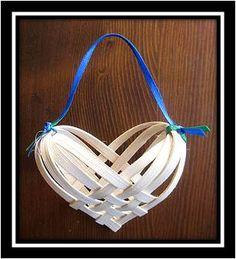 Basketmaster's Weavings: Free Heart Basket Weaving Pattern