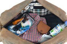 Wohin die Reise auch geht, ob Urlaub in der Ferne, schnell zu einem Wochenendtrip in den nächsten Flieger oder mit Freunden ins nächste Sportstudio, die Reisetasche 'Camden' aus echtem Vintage-Leder ist ein Must have! Gusti Leder - 2R23-17-1