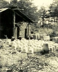 Groundhog kiln and kiln yard. The Meaders family of potters White County, North Georgia. Photo circa 1920 Lanier Meaders was likely turning and burning here by then. Pottery Kiln, Black And White Prints, Appalachian Mountains, Blue Ridge, Historical Photos, West Virginia, Old Houses, Folk, Southern