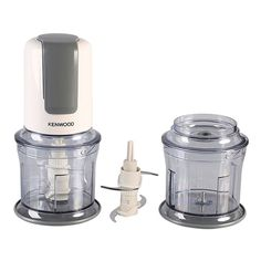 Comes with stainless steel blades Has ice crushing ability Also, has dishwasher safe parts Plastic bowl material