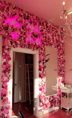 Beauty Room Salon, Beauty Room Decor, Room Design Bedroom, Room Ideas Bedroom, Esthetics Room, Decor Home Living Room, Bedroom Decor For Teen Girls, Glam Room, Cute Room Decor