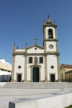 Aver-o-Mar - Igreja Paroquial de Nossa Senhora das Neves