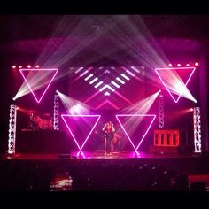 LED Geometry - Church Stage Design Ideas - Scenic sets and stage design ideas from churches around the globe. Concert Stage Design, Church Stage Design, Luz Artificial, Church Lobby, Event Lighting, Stage Lighting Design, Neon Aesthetic, Stage Set, Light Of The World