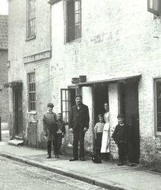 Old Photo Wandsworth 1896 Family outside house, note clothes of that era... i Want a photo like this