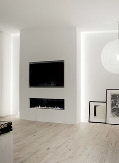 33 Stunning Modern Fireplace Design Ideas With TV Above - Modern fireplaces not just about heating the house, they are also about interior design. They are still functional and economical, but their aesthetic. Tv Above Fireplace, Linear Fireplace, Home Fireplace, Living Room With Fireplace, Fireplace Ideas, Fireplaces With Tv Above, Fireplace Lighting, Fireplace Pictures, Bioethanol Fireplace