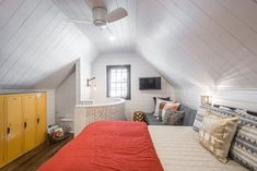5 Tips for Creating a Small-Living Space with HGTV's Jasmine Roth - Utah Style and Design Small Space Living, Small Spaces, Living Spaces, White Doors, White Walls, Vintage Lockers, Cabin Design, Metal Furniture, Ideas