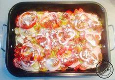 Een héérlijk en voedzaam koolhydraatarm gerecht met veel groenten, ontbijtspek, mozzarella en kalkoenfilet. Bereiden, ijskast in en ' s avonds in de oven!