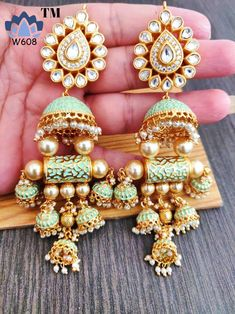 Earing Inspirations – bestlooks - New Ideas Indian Bridal Jewelry Sets, Indian Jewelry Earrings, Jewelry Design Earrings, Gold Earrings Designs, Ear Jewelry, Silver Jewelry, Diy Indian Jewelry, Silver Ring, Jhumki Earrings