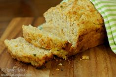 Lynsey Lou's: Beer Cheese Bread