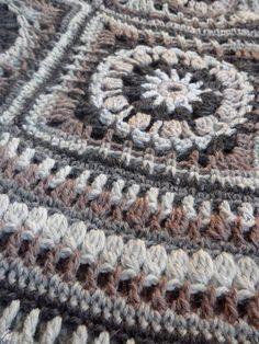 VMSomⒶ KOPPA Туника http://omakoppa.blogspot.co.uk/2012/03/villaruutu-tunika.html
