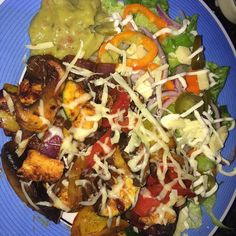Fajita chicken with guacamole #lowcarb #lowcarbs #lowcarbrecipes #lowcarblifestyle #keto #ketosis #ketolife #ketogenicdiet #ketogenic #slimmingworld #slimmingworlduk #slimmingworldfamily #healthyeating #postgymmeal #weightwatchers #weightloss #dietjourney by ljhoggs