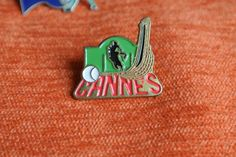 02928 Pin's Pins Sport Cheval Chistera Cannes   eBay