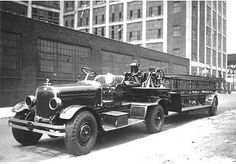 FDNY Ladder 5 Beckwith, Charles E. 1930 Wooden Aerial New York. Rig is parked in street. Tractor Drawing, Lego Fire, Truck Engine, Fire Apparatus, Emergency Vehicles, Fire Engine, Fire Department, Fire Trucks, Antique Cars