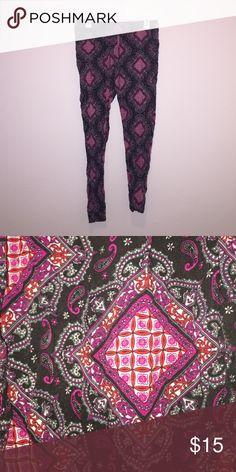 🎉BOGO!🎉 Pink and Black Print Pants 100% cotton! Super comfortable and fun print! Cotton On Pants Leggings