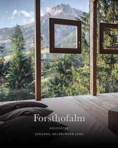 hotel spa Natur-pur im Holzhotel Forsthofalm Bed And Breakfast, Hotel Bergen, Glass Cabin, Spa Hotel, Travel Tours, Travel Destinations, Beautiful Hotels, Hotel Reviews, Hotels And Resorts