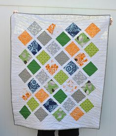 """Jungle Lattice Baby Quilt by Lindsay Sews {@CraftBuds}, via Flickr TUTORIAL - Finishes 40 x 48 - Would be easy to make larger Uses 5"""" squares"""
