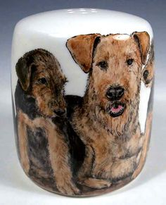 Airedale Family Shaker