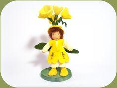 Jahreszeitentisch - Wiesenschlüssel Blumenkinder Jahreszeitentisch - ein Designerstück von susannelfe bei DaWanda