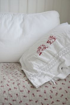 Pin By Lu On Red And Grey Cottage Pinterest Cushion