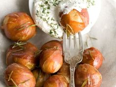 Prosciutto Potato Poppers bite-size potatoes combine a crunchy, bacony exterior with a soft baked-potato center.