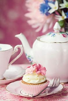 High Tea in pink