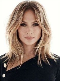 Hair, Hair cuts Hair cuts, Hair styles Hair styles, Medium hair styles - 9 Surprising Things That Affect The Way You Age - Hair Day, New Hair, Medium Hair Styles, Short Hair Styles, Jlo Short Hair, Hairstyles For Medium Length Hair With Layers, Mid Length Hairstyles, Mid Length Hair With Bangs, Long Layered Hair With Side Bangs