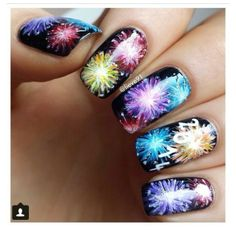 Crazy of july nails: of july fireworks nail art designs New Years Nail Designs, New Years Nail Art, New Years Eve Nails, Cute Nail Designs, Fancy Nails, Cute Nails, Pretty Nails, New Year's Nails, Hair And Nails
