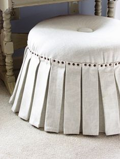 How To Make a No-Sew Ottoman