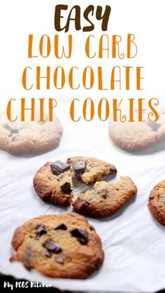 These delicious gluten free chocolate chip cookies are the best soft and chewy low carb cookies you'll ever make. You'll lowve how easy this keto recipe is. These chocolate chip cookies are made with almond flour, xanthan gum and allulose. Completely sugar free, it's the best recipe you'll make! Low Carb Chocolate Chip Cookies, Sugar Free Chocolate Chips, Chocolate Recipes, Sugar Free Cookies, Keto Cookies, Low Carb Chips, Muffins, Almond Flour, Free Recipes