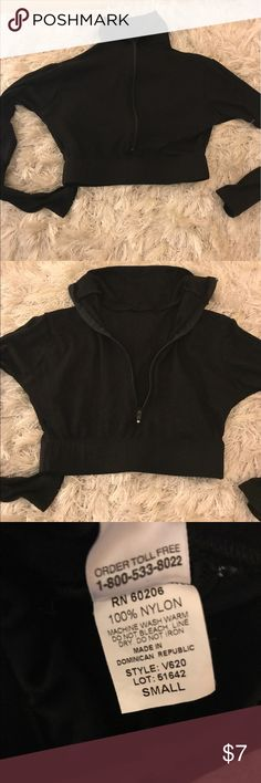 Woman size small Good for workouts or dress up Tops Crop Tops
