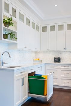 Kitchen life hacks: how to recycle garbage Check more at https://hdinterior.info/?p=981