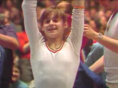 Nadia Comaneci AA FX [1976 American Cup] - La rutina con la que hubiera podido pelear el FX en Montreal.