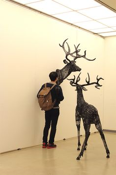 Thread and Wire Sculptures by Yong Won Song | Inspiration Grid | Design Inspiration