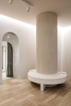 Aje Perth by We Are Triibe - Australian Interior Design Awards Columns Decor, Interior Columns, Lobby Interior, Interior Architecture, Victorian Architecture, 1920s Interior Design, Australian Interior Design, Interior Design Awards, Julia's House