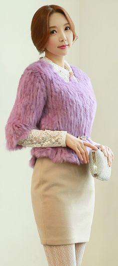 StyleOnme_Handmade Mini H-Line Skirt #ivory #winterfashion #pencilskirt #pretty #feminine #koreanfashion #dailylook #kstyle #seoul #fur