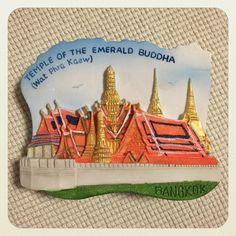 タイはバンコクのワットプラケオのマグネット。今回の旅で7個購入したのですが、こちらが一番のお気に入りかも。本物同様色使いもかわいくていい感じ。