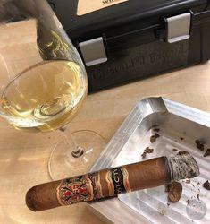 Just because. . . . #botl #cigaroftheday #cubancigars #cigar #whiskywingman #howiroll #instalife #showpony #justwingit #doyouevendrambro #cigartime #cigarsmoker #nowsmoking #cigarstyle #cigarsocial #cigarworld #cigarporn #cigaraficionado #cigars #cigarpic #scottishcigarsmoker #tartancigarmilitia #cigarstocelebrate #habanos #sharetheleafsharethelove #cigarphotography #cigarlover #cigarlife