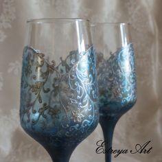 Wedding toasting flutes,hand painted glasses, blue wedding, turquoise wedding, personalized, set of 2